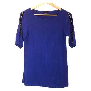 Just in! Blue short sleeve Cable & Gauge Top NWOT